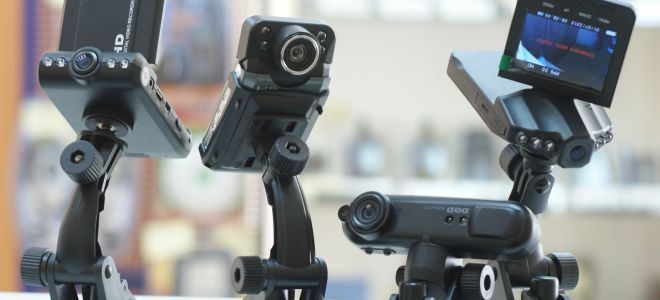Какой видеорегистратор лучше купить для автомобиля