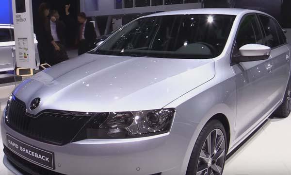 Изменения внешнего вида заметны по передней части автомобиля, которая стала более современной и динамичной