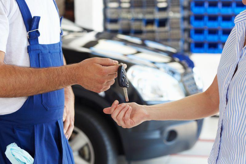 Преимущества и недостатки обслуживания автомобиля на официальном сервисном центре