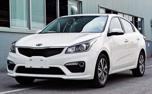 Новая модель Kia Rio 2017 года выйдет на рынок в двух кузовах – 5-дверный хетчбэк и 4-дверный седан. Автомобиль может быть оснащен двумя рядными бензиновыми «четверками», объемом 1,4 л на 107 л.с. и 1,6 л, мощностью 123 л.с.